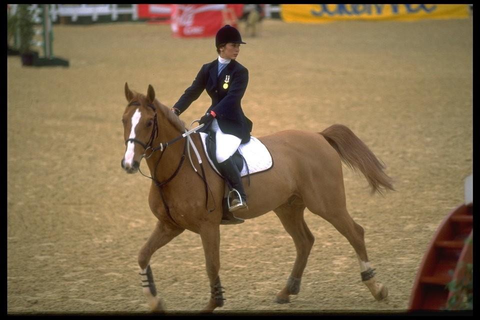 الأميرة هيا بنت الحسين أثناء مشاركتها في سياق للركوب الخيل