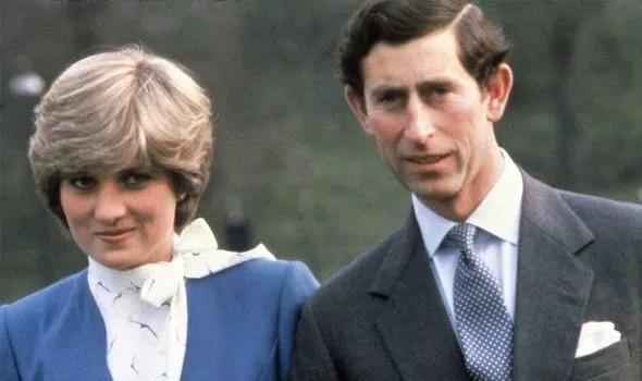 الأميرة ديانا برفقة الأمير تشارلز صورة قديمة